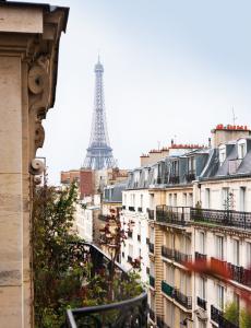 79ideas_paris-apartment_with_view