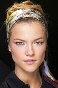hbz-spring-2013-beauty-how-to-dolce-and-gabbana-lgn