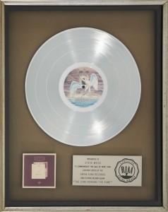 Led-Zeppelin-The-Song-Remains-the-Same-Soundtrack-Album-Platinum-Award-815x1024