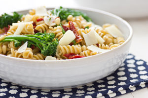 vides broccolini_and_sun_dried_tomatoes