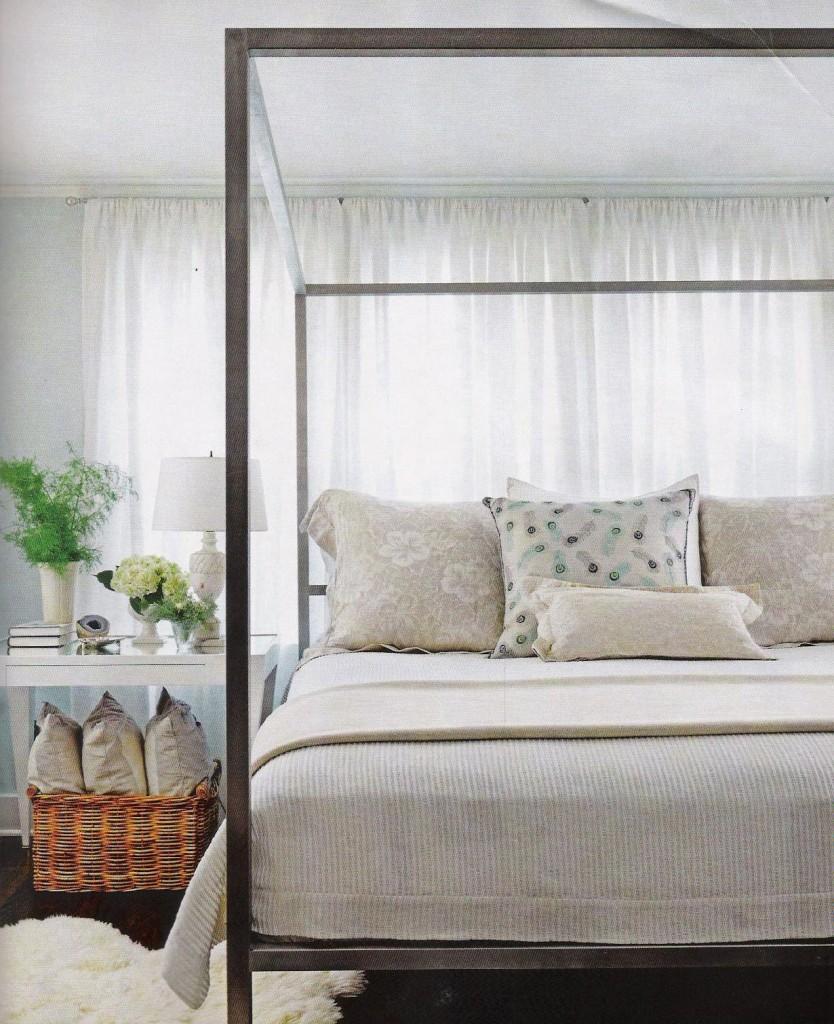 decorology-housebeautiful-beautiful-bedroom