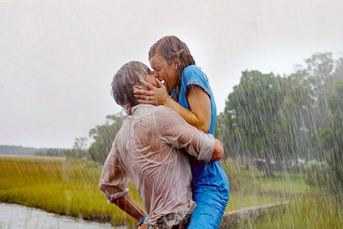kiss-love-rain-the-notebook-Favim.com-2457231