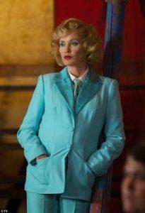 Jessica Lange - Elsa Mars