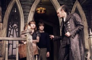 The-Baudelaires-lemony-snickets-a-series-of-unfortunate-events-22884014-823-538