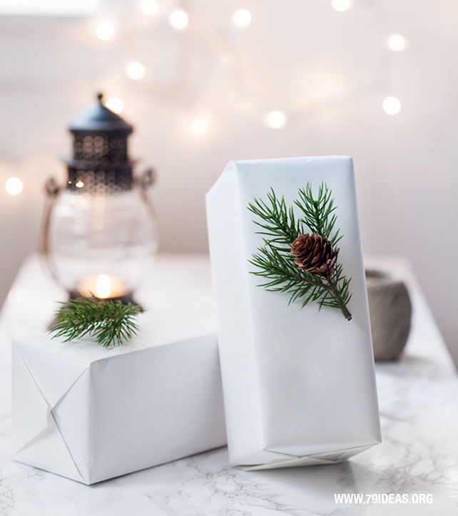 christmas_wrapping_idea_by_79ideas1