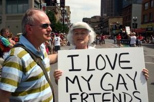 Βγαίνω με παλιούς γκέι τύπους