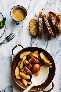 toast with carmelised apples 2