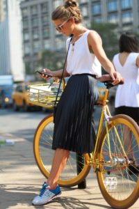 woman bicycle1