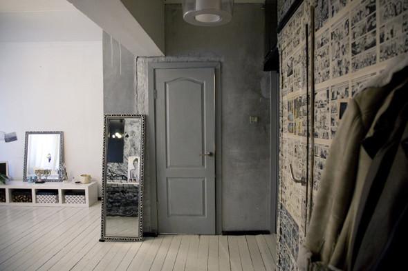door-mirror-entrance-white-floor