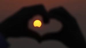 solar-eclipse-september-2015-heart
