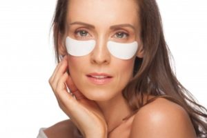 How-To-Get-Rid-Of-Under-Eye-Circles