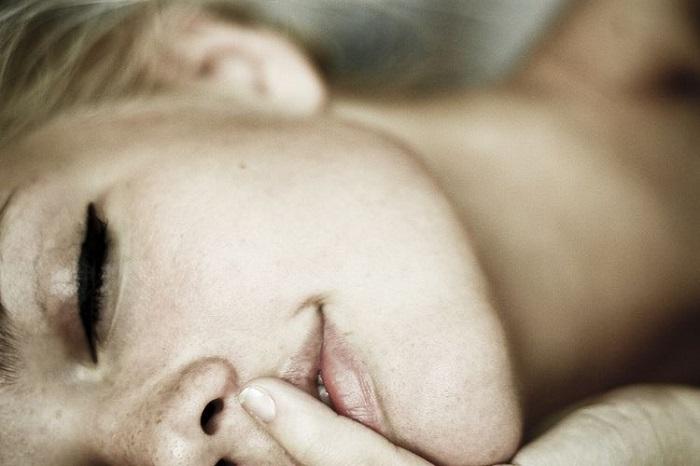 Εφηβική ηλικία γυναικείος οργασμός πορνό